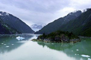 Sawyer Glacier in Tracy Arm Fjord