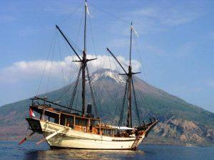 luxury yachts, super yachts,