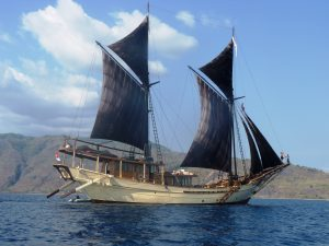 Luxury charter yacht Silolona