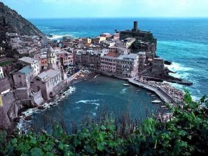 Italy | Luxury yachts | Cinqueterre