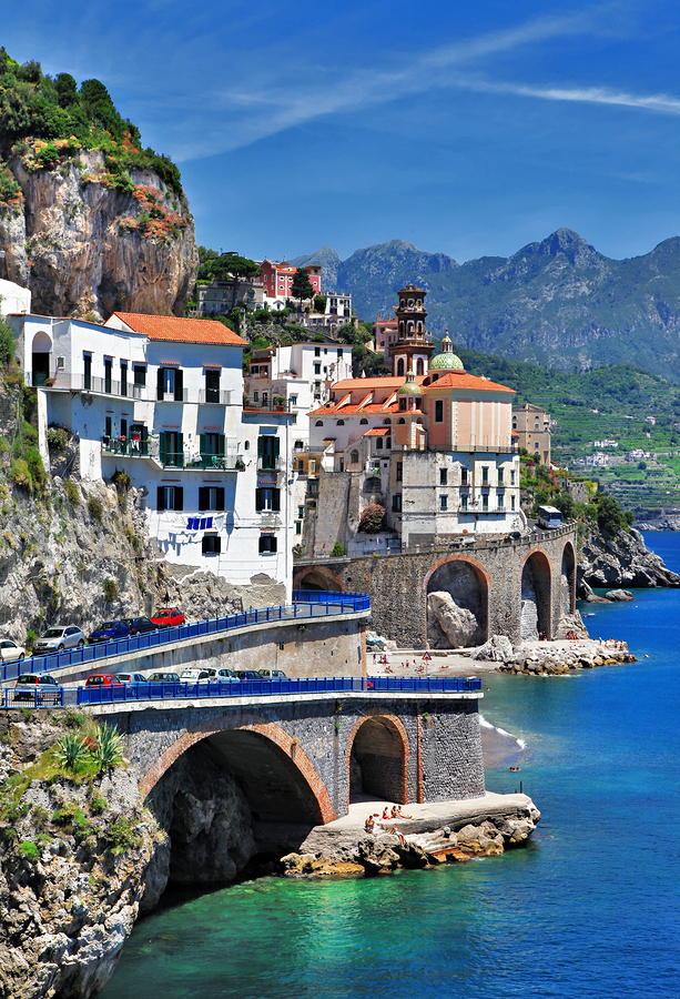 Yacht charter itineraries the amalfi coast italian for Italia amalfi