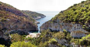 Vis, Stiniva Bay, Croatia