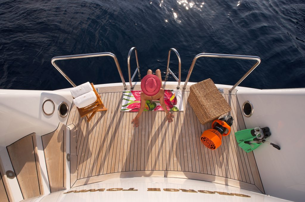 Yacht Charter Lifestyle-Swimming Platform www.njcharters.com