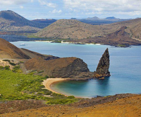 Bartolome Island Galapagos www.njcharters.com