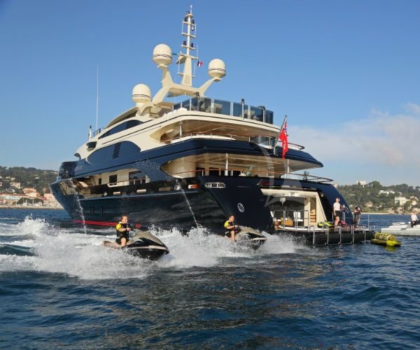 Bash 183 foot Benetti Motor Yacht njcharters.com