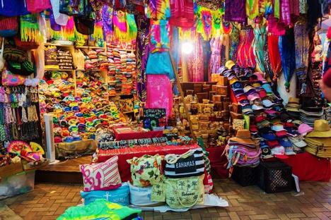 Nassau Straw Market Bahamas njcharters.com