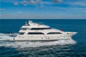 Scott Free Motor Yacht