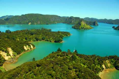 Whangaroa Bay and Harbour new zealand yacht charter njcharters.com